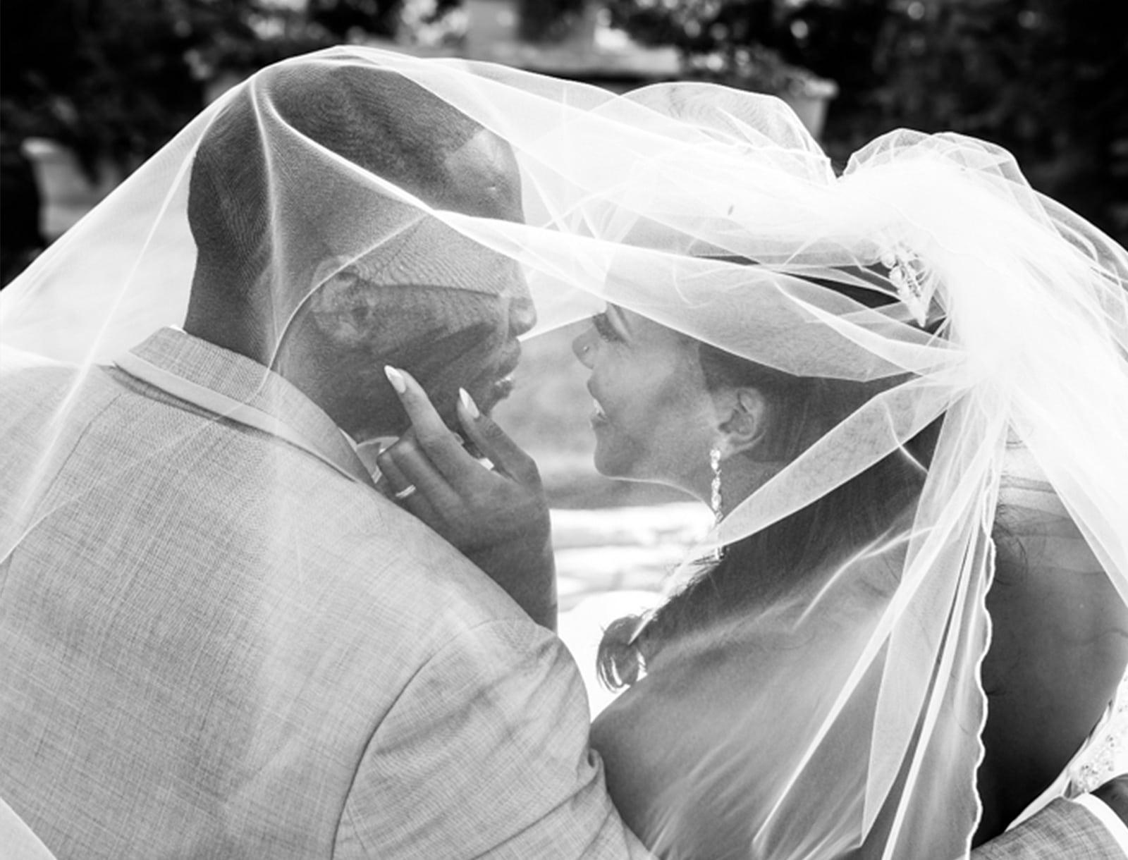 Ascott Parc Vaughan Yellow Summer Wedding Photos