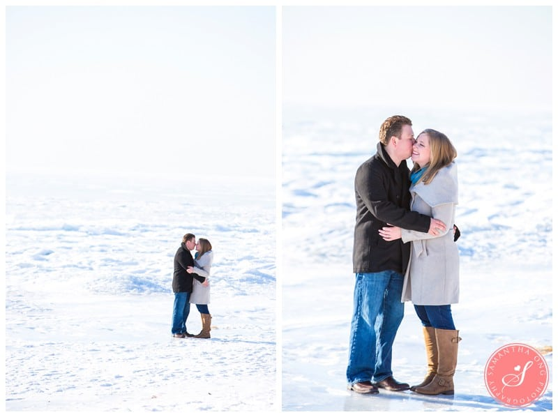 Downtown-Toronto-Snowy-Winter-Engagement-Photos-Cherry-Beach-05