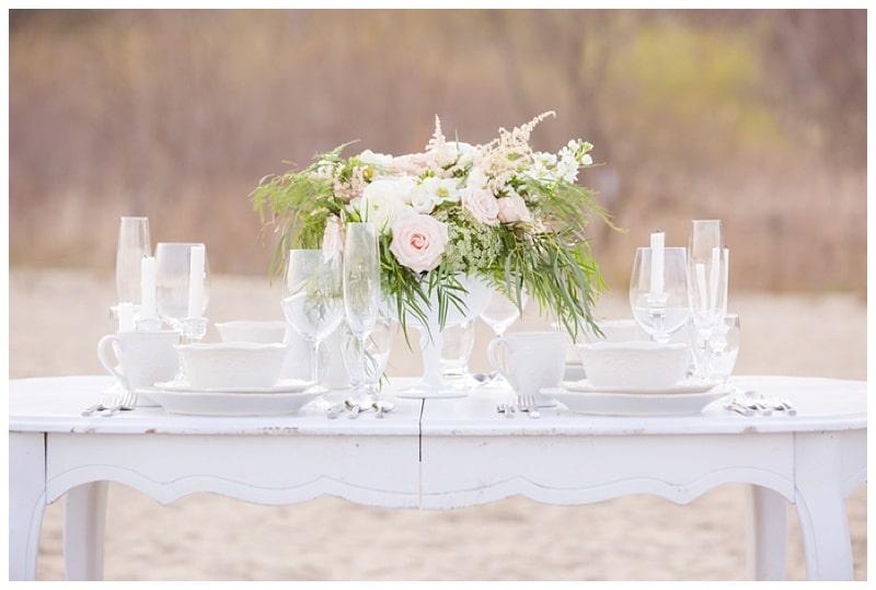 Scarborough-Bluffs-Beach-Romantic-Wedding-Photos-15