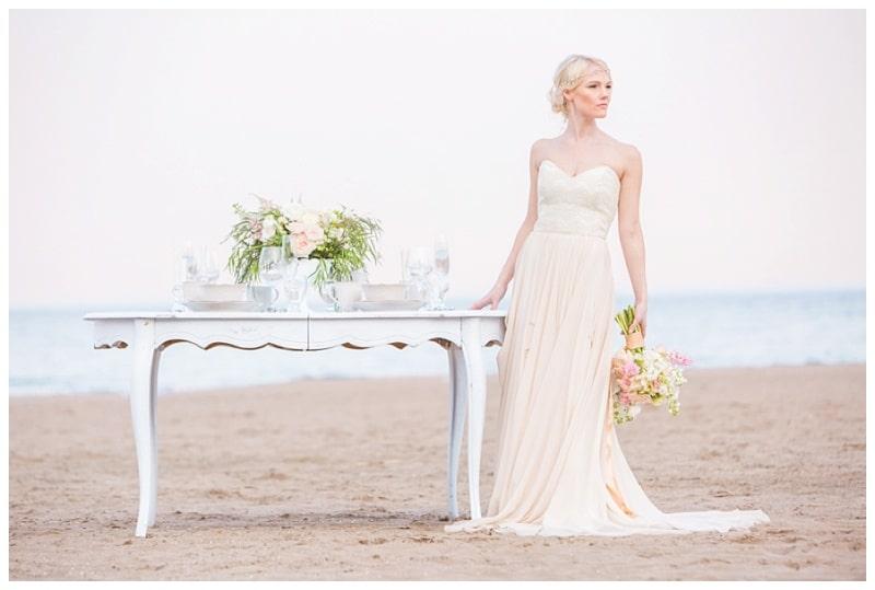 Scarborough-Bluffs-Beach-Romantic-Wedding-Photos-12