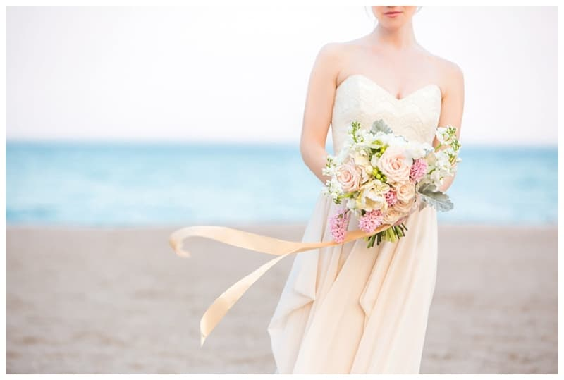 Scarborough-Bluffs-Beach-Romantic-Wedding-Photos-08