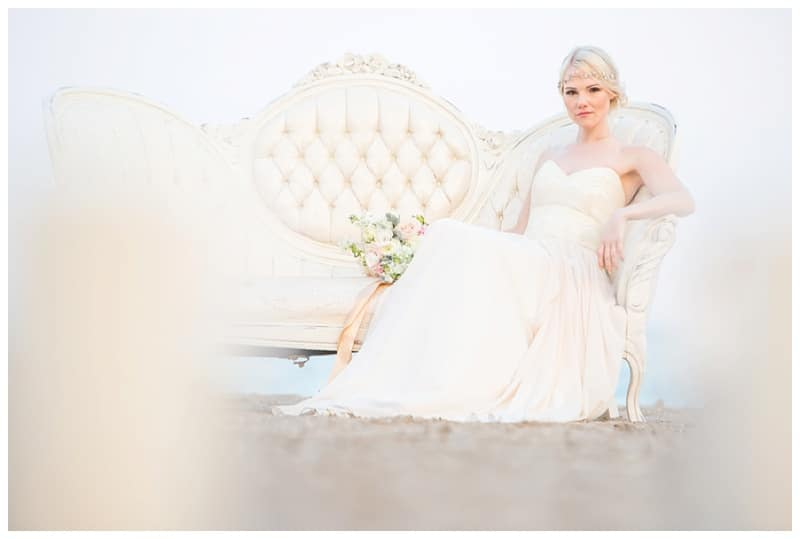 Scarborough-Bluffs-Beach-Romantic-Wedding-Photos-07