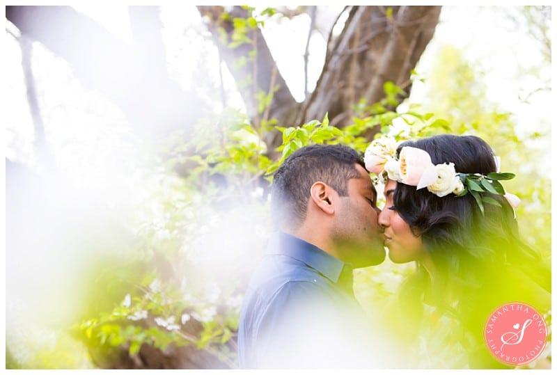 Toronto-High-Park-Cherry-Blossom-Engagement-Photos-10