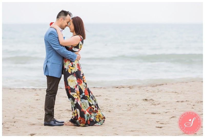 Scarborough-Bluffs-Beach-Cliff-Engagement-Photos-02