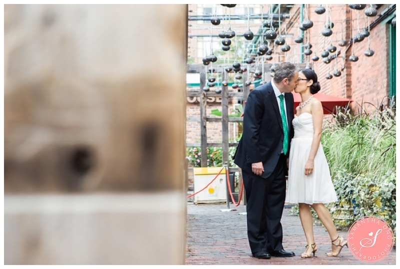 Toronto-Distillery-District-Wedding-Photos-06