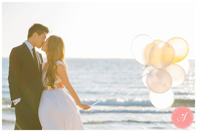 Romantic-Melbourne-Brighton-Beach-Prewedding-Engagement-Photos-16