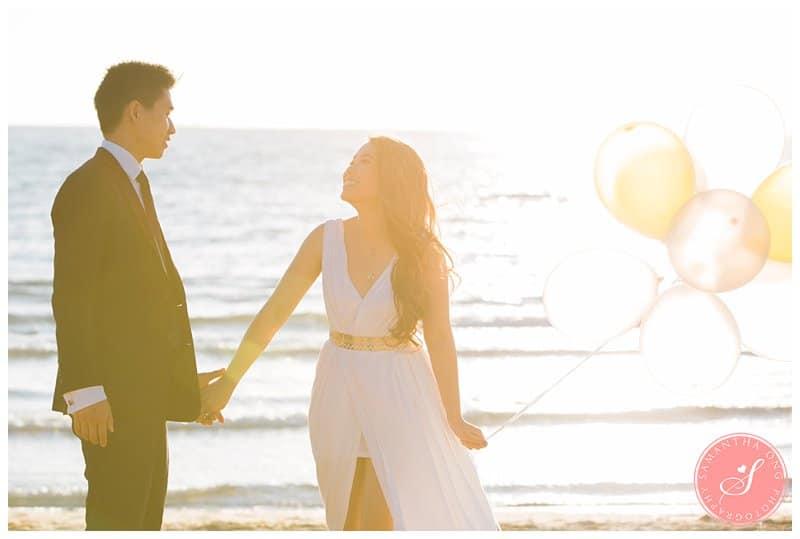 Romantic-Melbourne-Brighton-Beach-Prewedding-Engagement-Photos-17