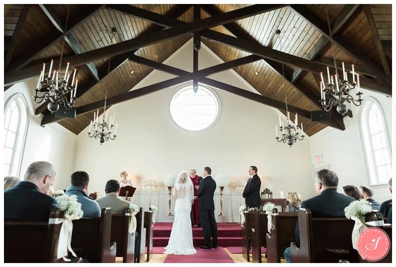 Elegant-Doctors-House-Winter-Kleinburg-Wedding-Photos-15