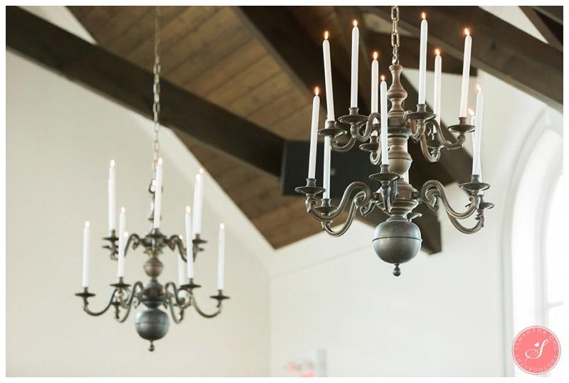 Elegant-Doctors-House-Winter-Kleinburg-Wedding-Photos-16