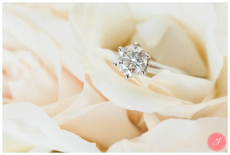 Elegant-Doctors-House-Winter-Kleinburg-Wedding-Photos-2