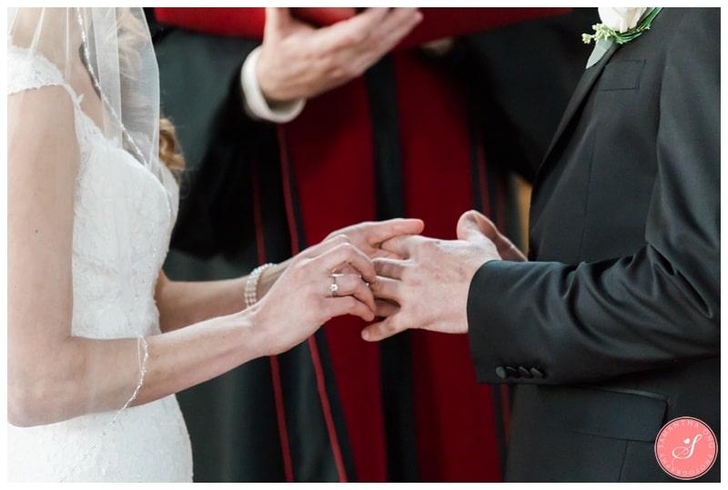 Elegant-Doctors-House-Winter-Kleinburg-Wedding-Photos-23