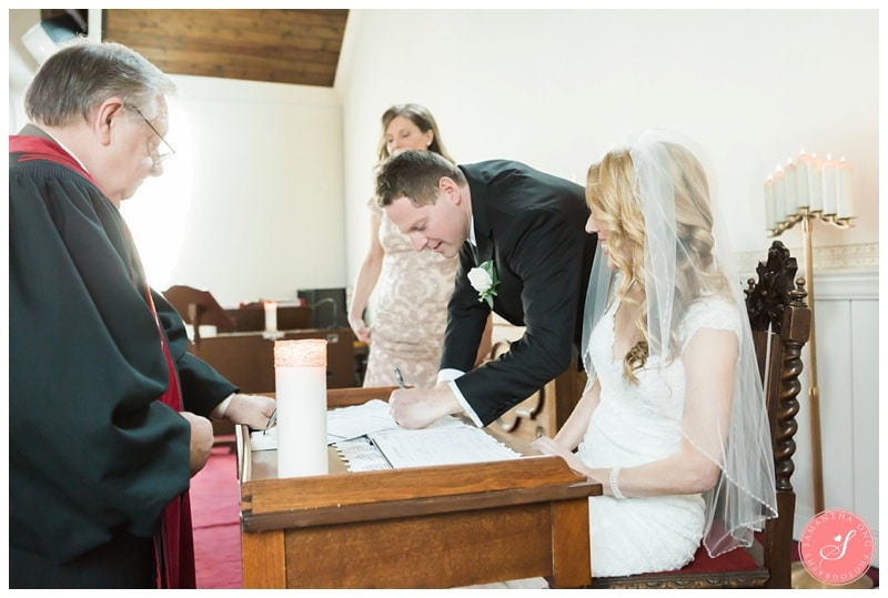 Elegant-Doctors-House-Winter-Kleinburg-Wedding-Photos-26