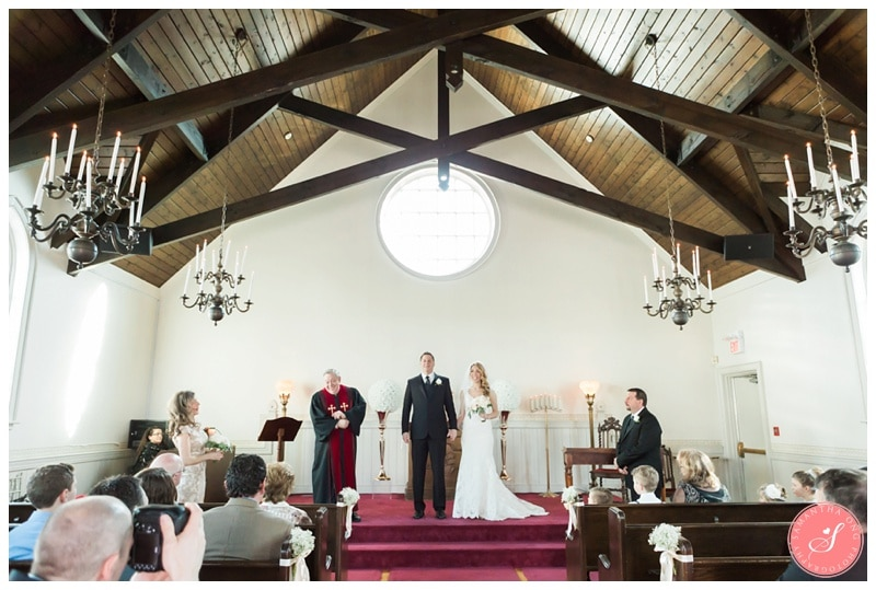 Elegant-Doctors-House-Winter-Kleinburg-Wedding-Photos-28