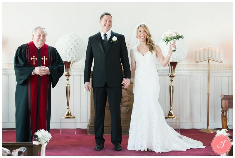 Elegant-Doctors-House-Winter-Kleinburg-Wedding-Photos-29