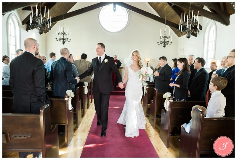 Elegant-Doctors-House-Winter-Kleinburg-Wedding-Photos-30