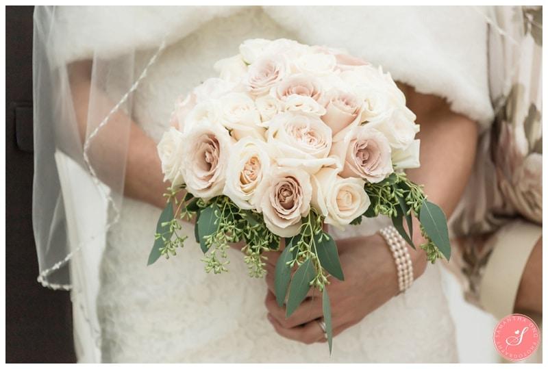 Elegant-Doctors-House-Winter-Kleinburg-Wedding-Photos-37