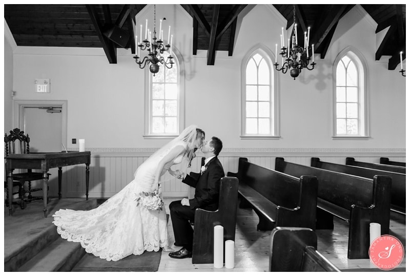 Elegant-Doctors-House-Winter-Kleinburg-Wedding-Photos-38
