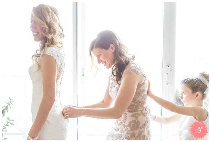 Elegant-Doctors-House-Winter-Kleinburg-Wedding-Photos-4