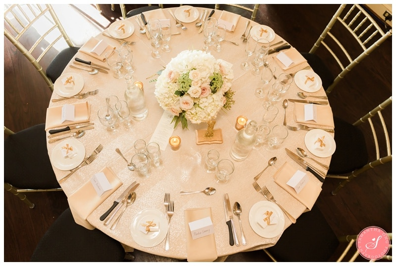 Elegant-Doctors-House-Winter-Kleinburg-Wedding-Photos-48