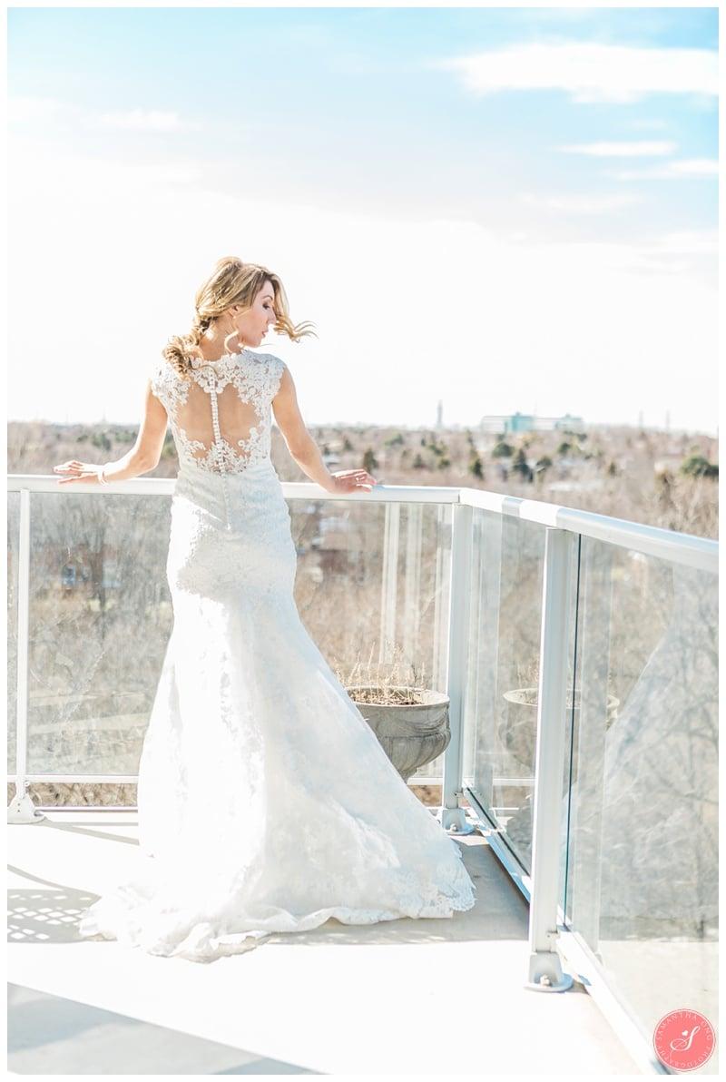 Elegant-Doctors-House-Winter-Kleinburg-Wedding-Photos-6