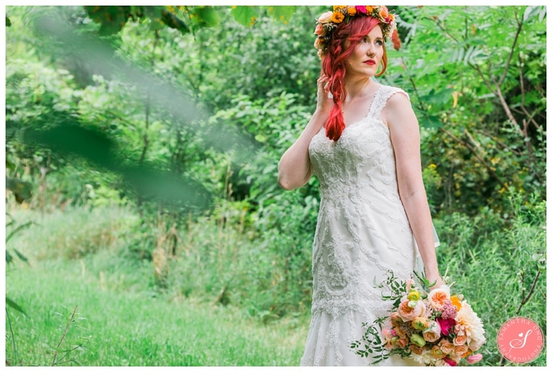 Intimate-Summer-Boho-Colourful-Cottage-Collingwood-Wedding-Photos-11