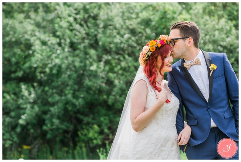 Intimate-Summer-Boho-Colourful-Cottage-Collingwood-Wedding-Photos-19