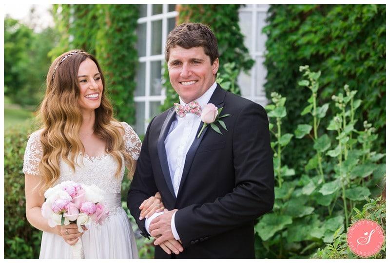 Garden-Ontario-Cottage-Summer-Wedding-Photos-10