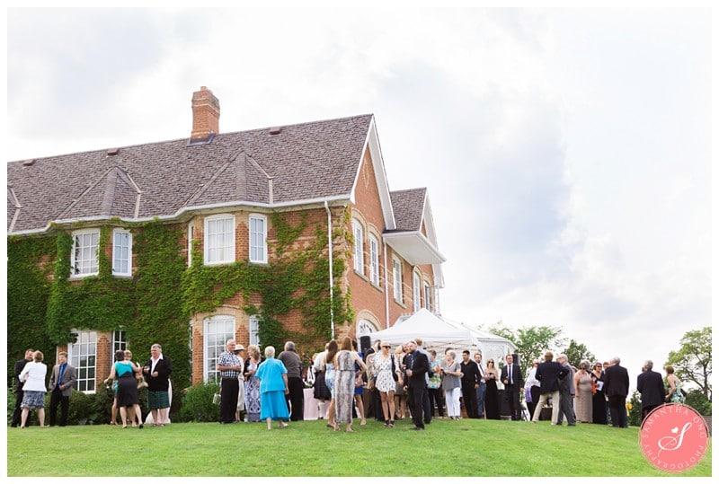 Garden-Ontario-Cottage-Summer-Wedding-Photos-30