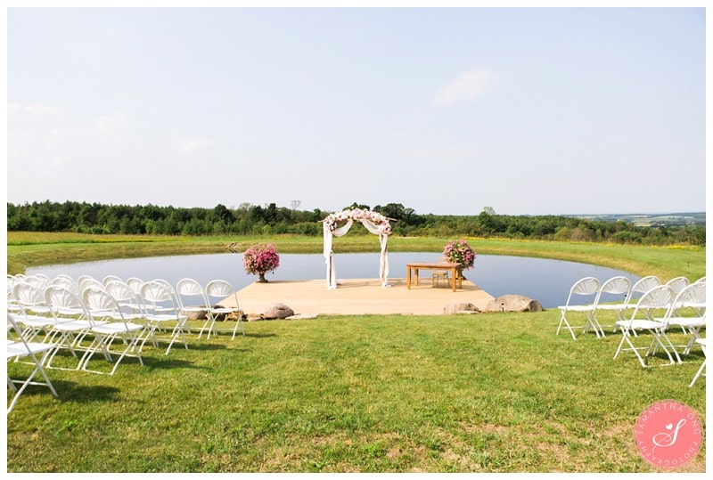 Garden-Ontario-Cottage-Summer-Wedding-Photos-34
