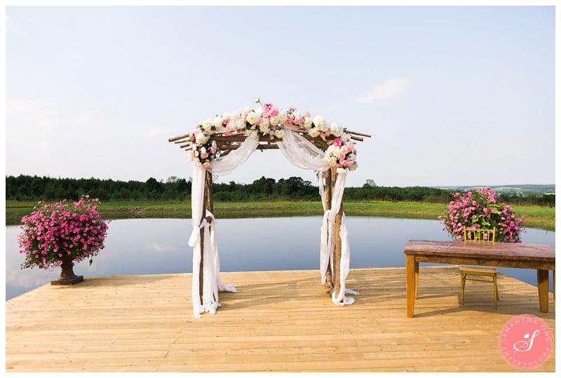 Garden-Ontario-Cottage-Summer-Wedding-Photos-35