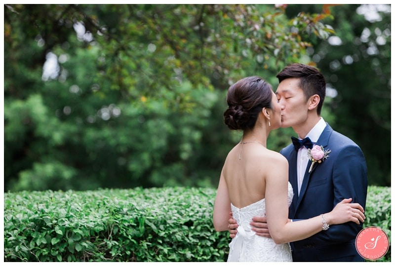Beautiful-Toronto-Estates-Sunnybrook-Korean-Summer-Wedding-Photos-00013