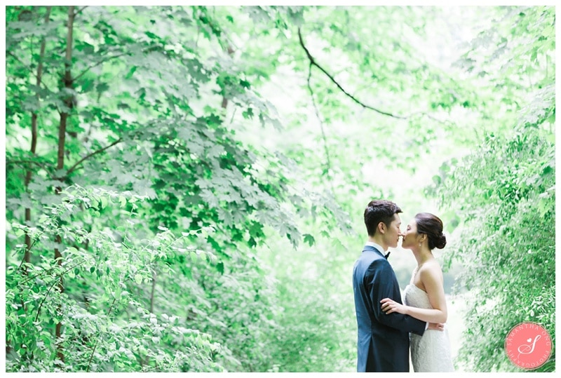 Beautiful-Toronto-Estates-Sunnybrook-Korean-Summer-Wedding-Photos-00021