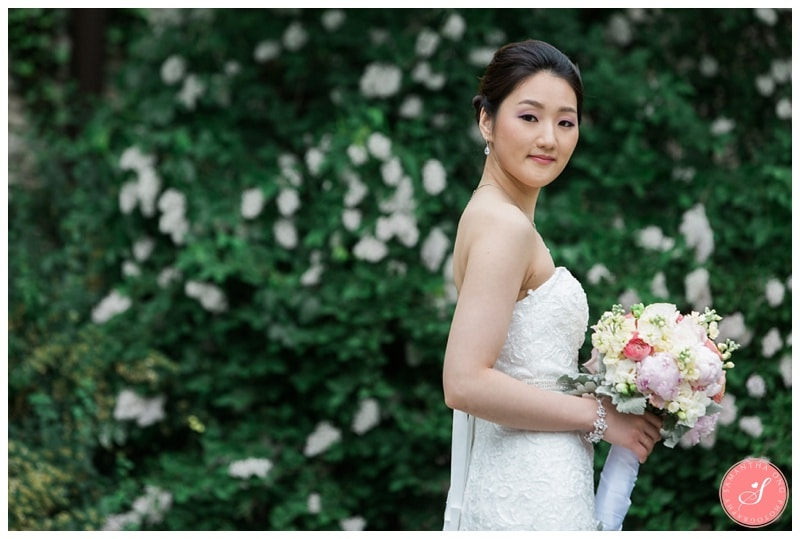 Beautiful-Toronto-Estates-Sunnybrook-Korean-Summer-Wedding-Photos-00034