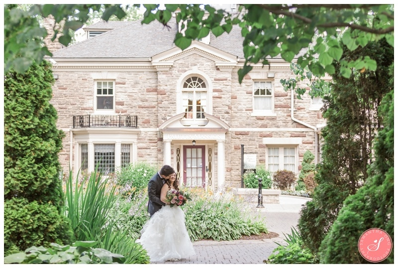 Paletta-Mansion-Burlington-Romantic-Summer-Wedding-Photos-31