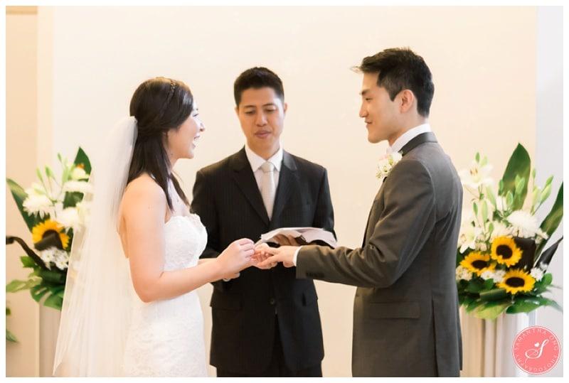 Toronto-City-Hall-Elopement-Wedding-Photos-4