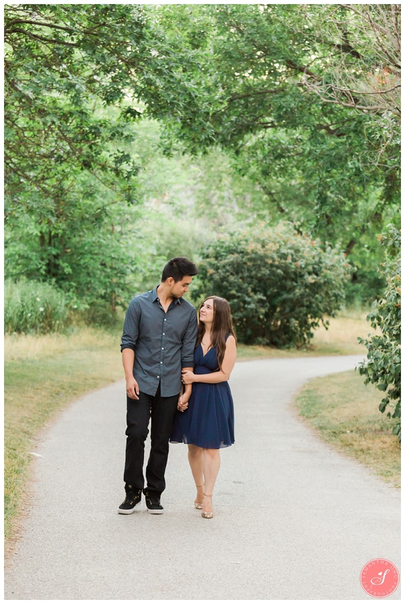 Toronto-Humber-Bay-Park-Romantic-Engagement-Photos-13