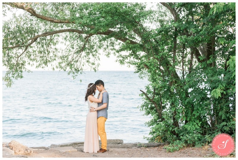 Toronto-Whimsical-Engagement-Photos-Humber-Bay-00010