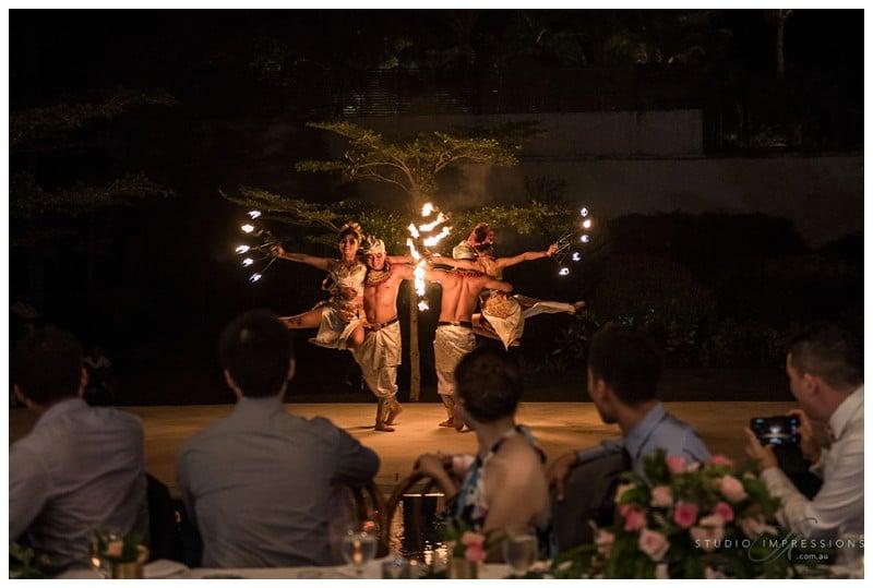 Bali-Uluwatu-Villa-Anugrah-Wedding-Photos-120-Fire-Dance