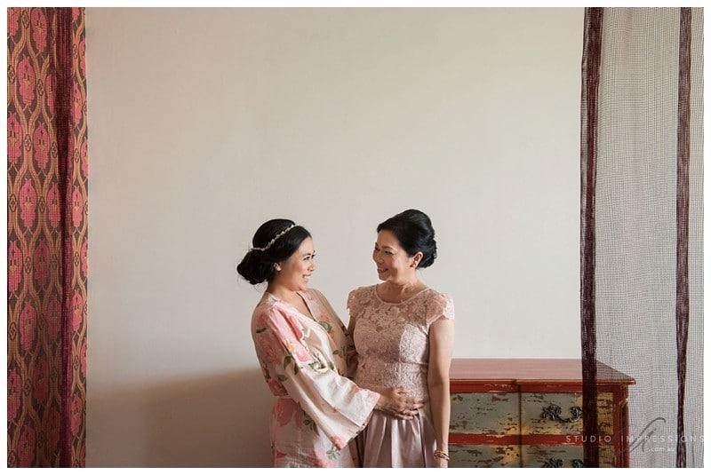 Bali-Uluwatu-Villa-Anugrah-Wedding-Photos-45-Bridal-Prep