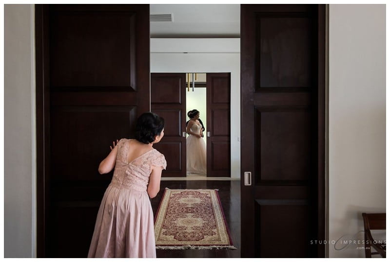 Bali-Uluwatu-Villa-Anugrah-Wedding-Photos-46-Bridal-Prep
