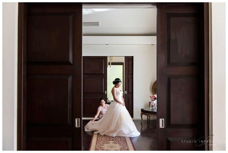 Bali-Uluwatu-Villa-Anugrah-Wedding-Photos-47-Bridal-Prep