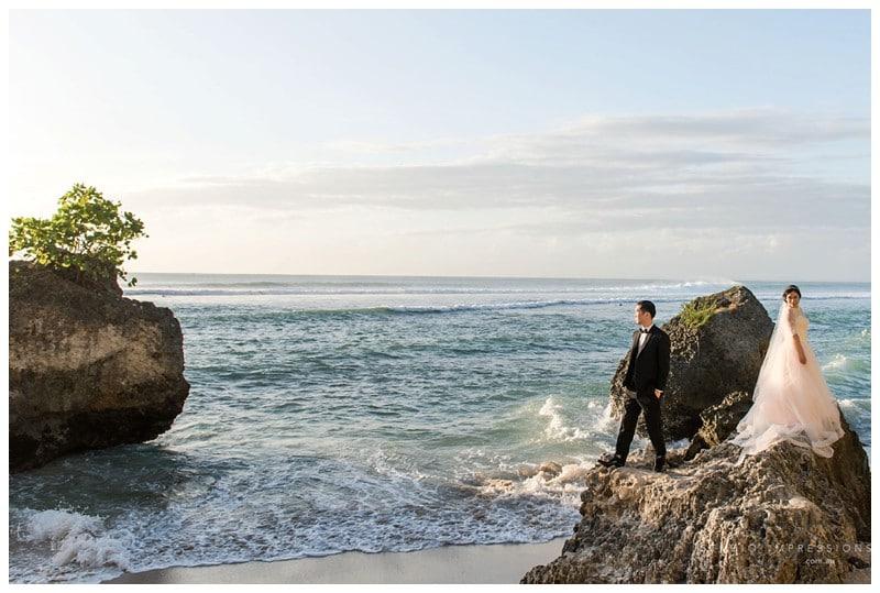 Bali-Uluwatu-Villa-Anugrah-Wedding-Photos-81-Beach-Portraits