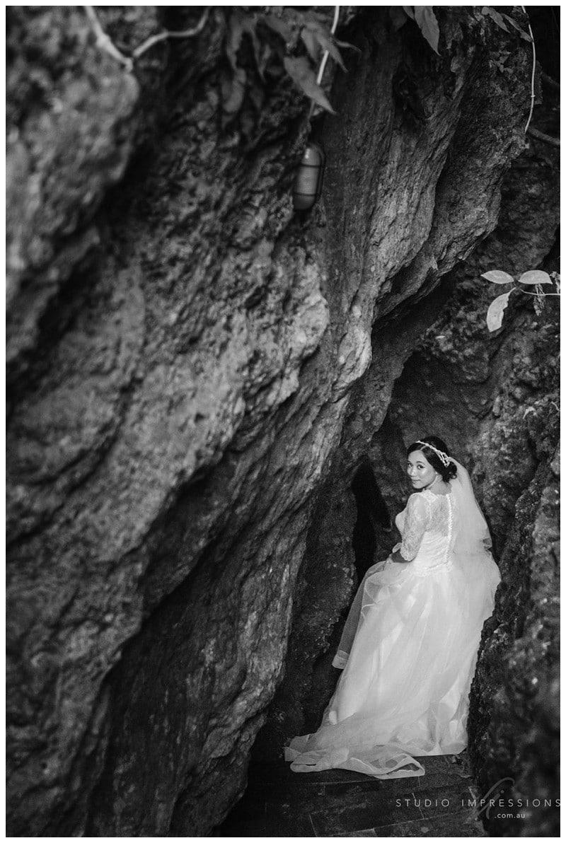 Bali-Uluwatu-Villa-Anugrah-Wedding-Photos-89-Beach-Portraits