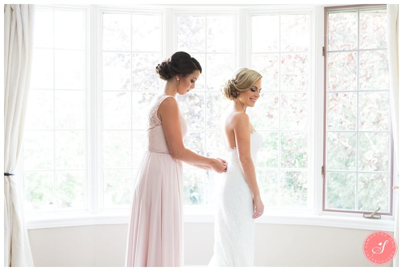 Glenerin-Inn-Mississauga-Romantic-Summer-Wedding-Photos-10-Bridal-Prep