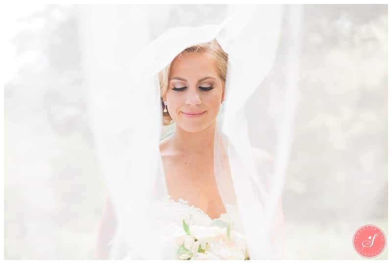 Glenerin-Inn-Mississauga-Romantic-Summer-Wedding-Photos-42-Bridal-Portrait