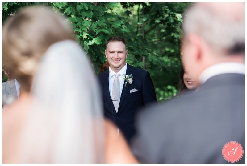 Glenerin-Inn-Mississauga-Romantic-Summer-Wedding-Photos-49-Ceremony