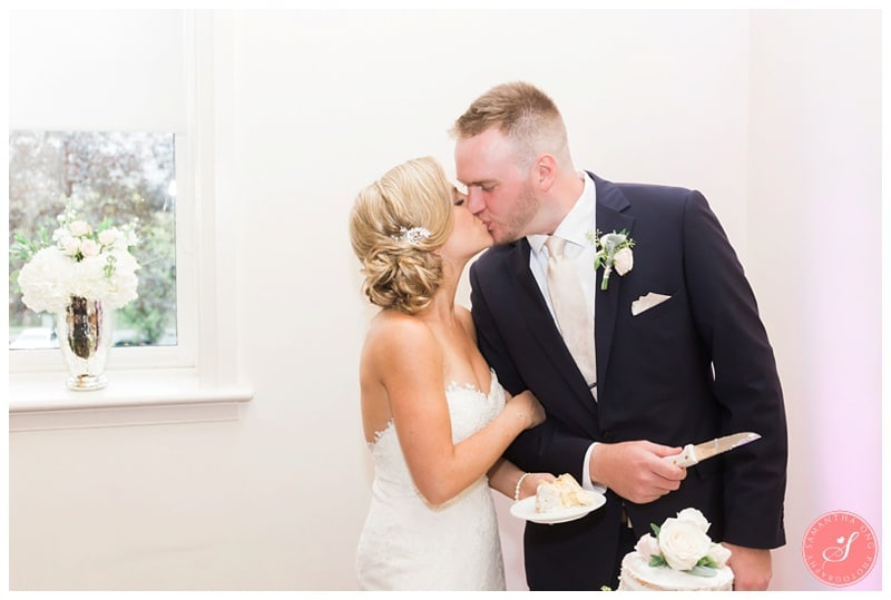 Glenerin-Inn-Mississauga-Romantic-Summer-Wedding-Photos-63-Cake-Cutting