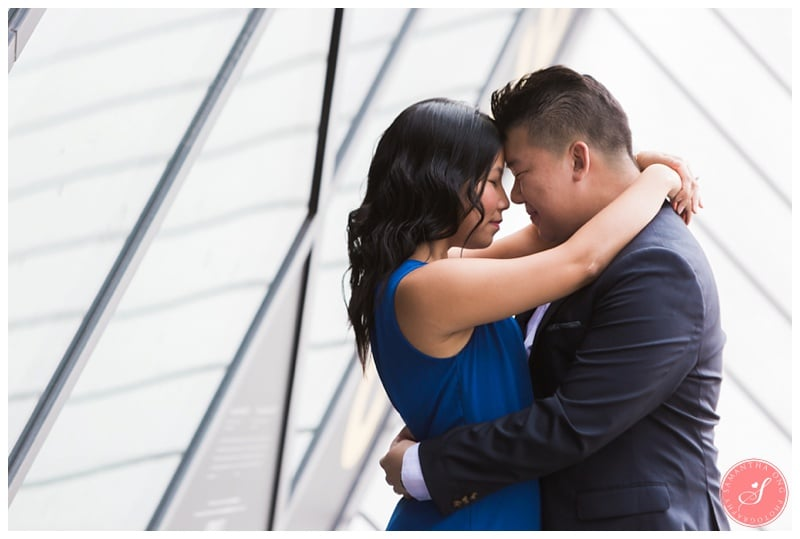 Toronto-ROM-Yorkville-Engagement-Photos-2