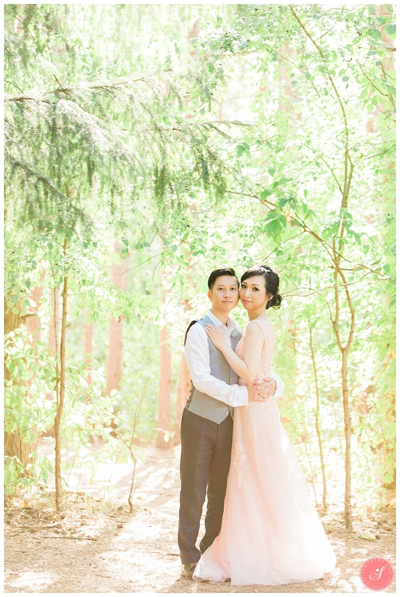 kortright-fairytale-romantic-whimsical-fields-wedding-photos-0010
