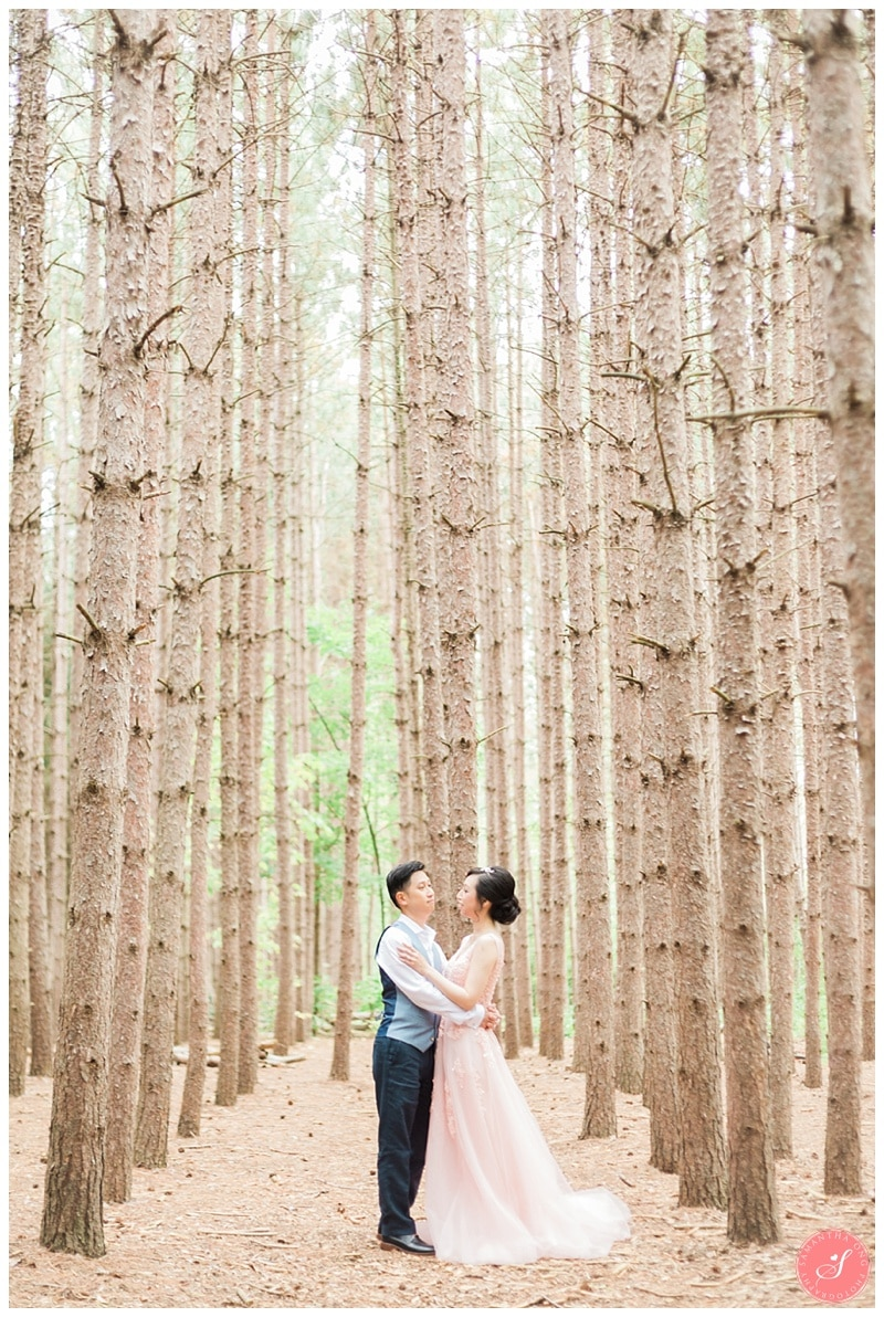 kortright-romantic-whimsical-wedding-forest-woodsy-photos-0001